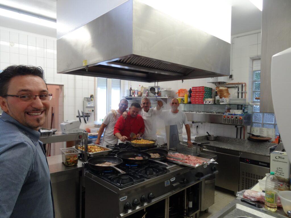 Neueröffnung in Walldorf, in der Küche